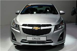 Updated Chevrolet Cruze coming this June