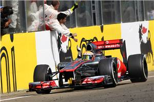 Lewis takes a dominant Hungarian GP win