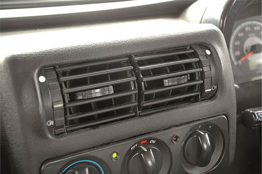 Air-con vents . . . . . . have limited movement, so  the ...