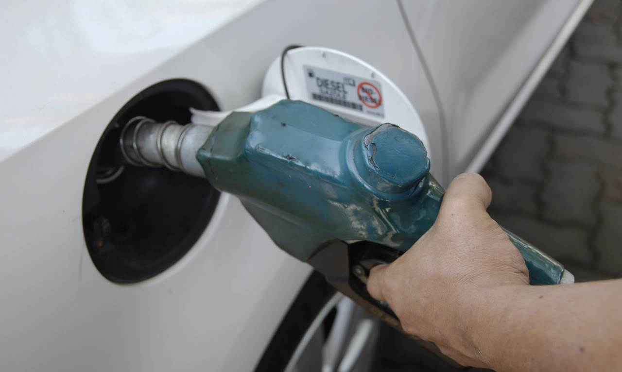 Diesel prices go up by Rs 5 per litre