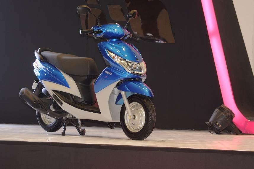 Yamaha's 113cc Ray rides in