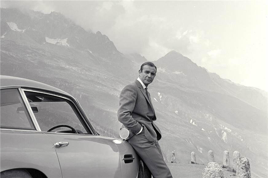 Connery's Bond chases down Goldfinger's Rolls-Royce Phant...