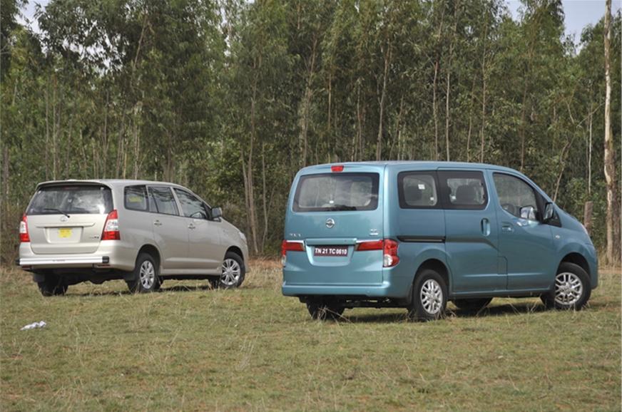 nissan evalia vs toyota innova feature autocar india. Black Bedroom Furniture Sets. Home Design Ideas