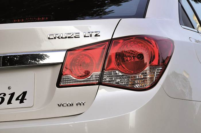 New Chevrolet Cruze Review Test Drive Autocar India