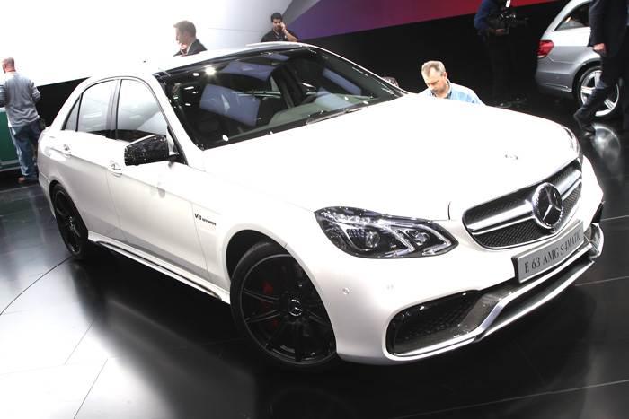 Mercedes unveils new E63 AMG at Detroit