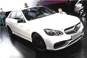 Mercedes unveils new E63 AMG at Detroit