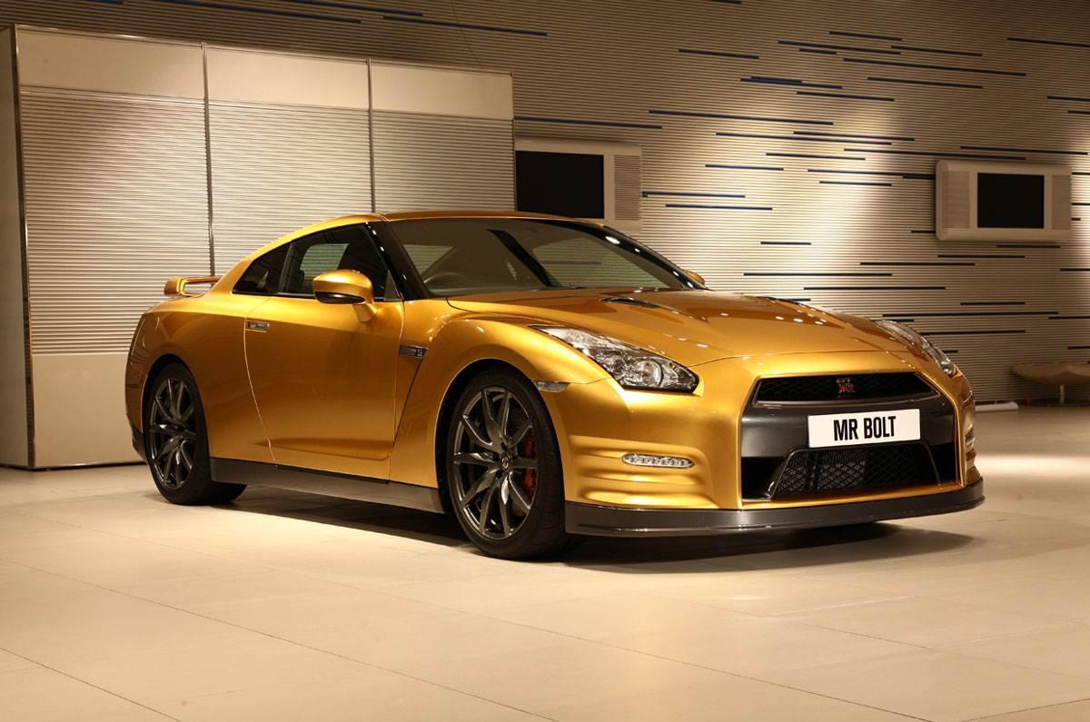 Usain Bolt unveils special GT-R Gold