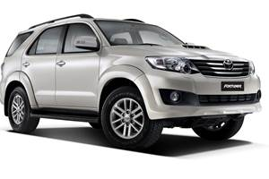 Toyota Fortuner now with five-speed auto