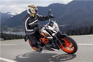 KTM 390 Duke review, test ride
