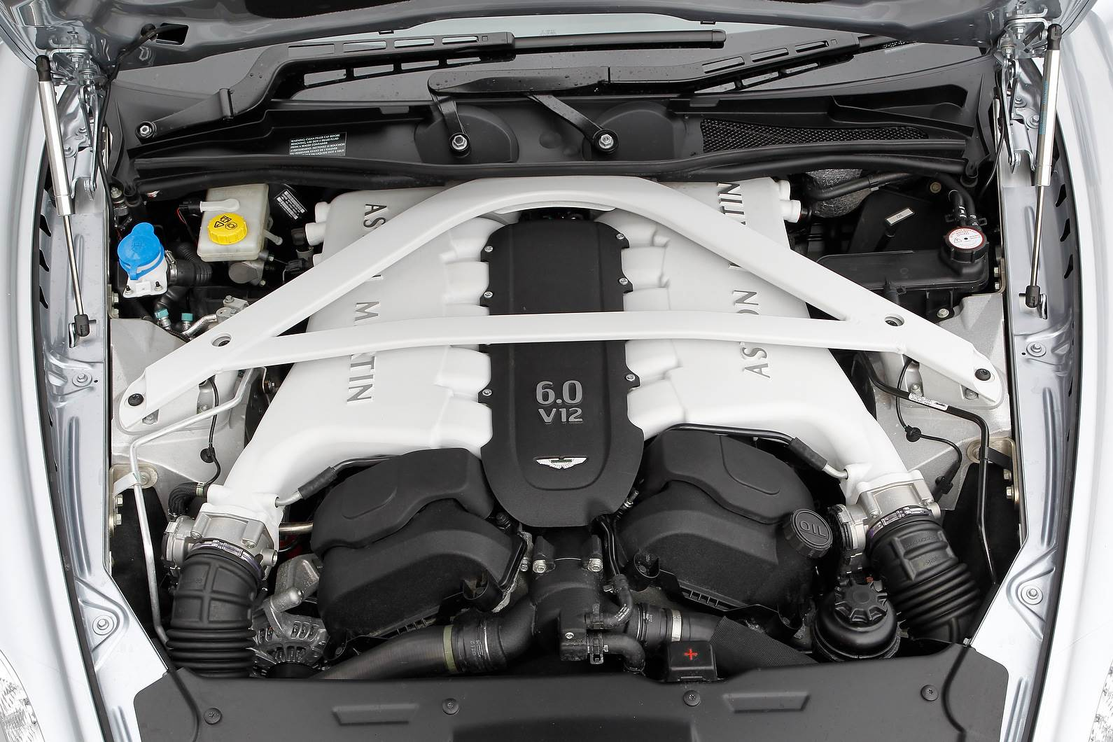 Mercedes Could Supply Engines To Aston Martin Autocar India