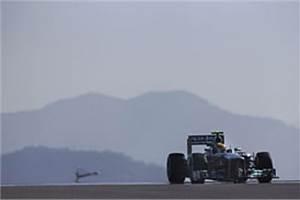 Korean GP: Hamilton on top in FP1 as Raikkonen crashes