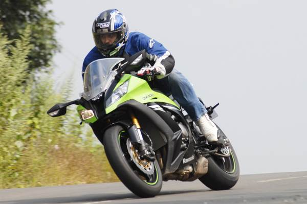 Kawasaki Ninja ZX10R review, test ride