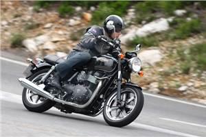 Triumph Bonneville review, test ride