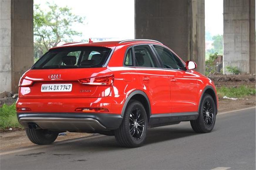 new 2013 audi q3 s review test drive autocar india. Black Bedroom Furniture Sets. Home Design Ideas