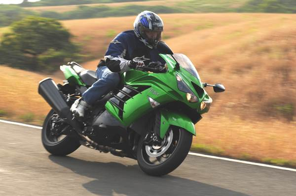 2013 Kawasaki Ninja ZX-14R review, test ride