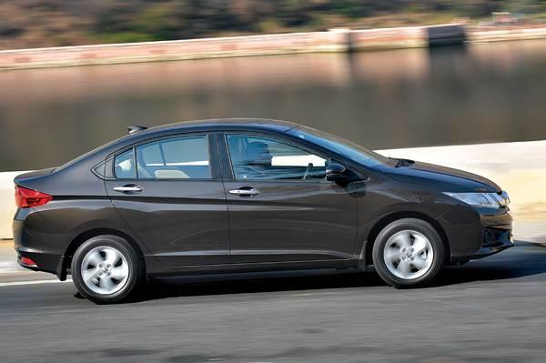 New Honda City Vs Volkswagen Vento Tsi Comparison