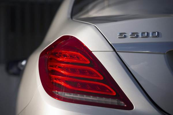 From the first lot of 125 S500s sold, 123 were in white and the balance two in black