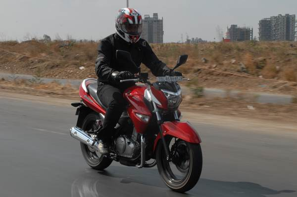 Suzuki Inazuma review, test ride