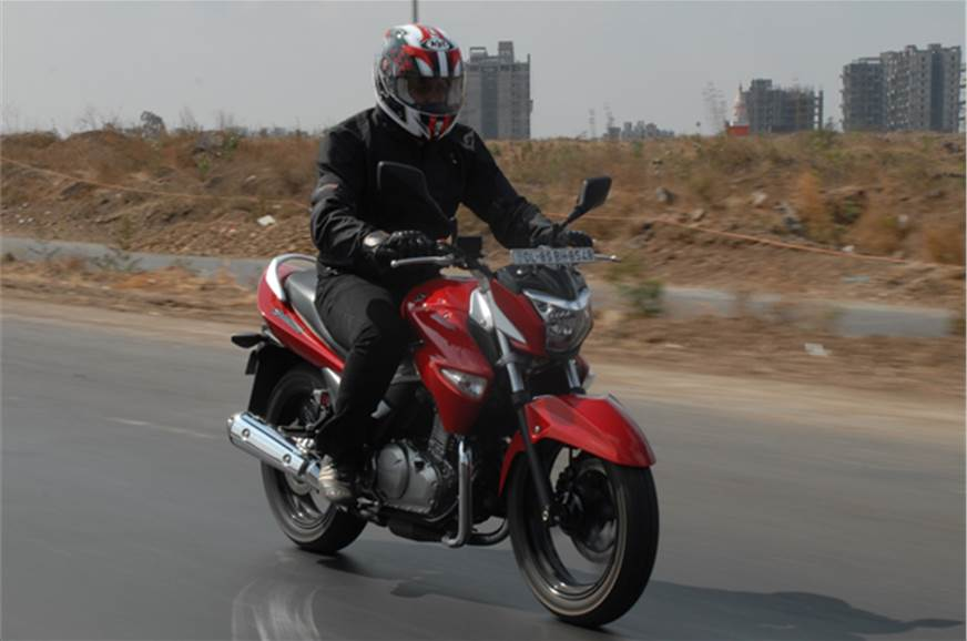 The Suzuki Inazuma comes with a 248cc liquid-coold engine.