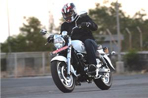 Hyosung Aquila 250 review, test ride