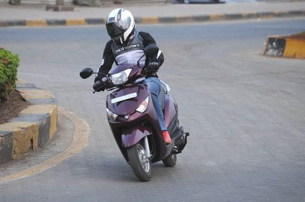 2014 Yamaha Alpha review, test ride