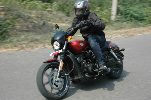 Harley-Davidson pre-2016 Street 750 review, test ride