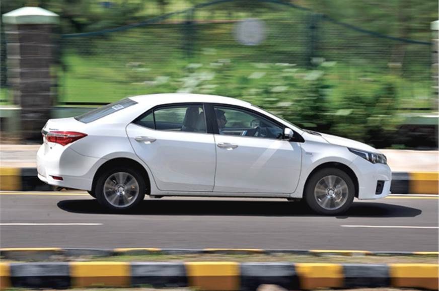 Toyota Corolla Altis Review - Why It Sells So ... - YouTube
