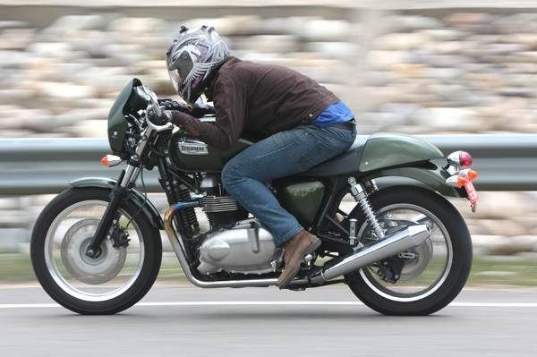 Triumph Thruxton review, test ride