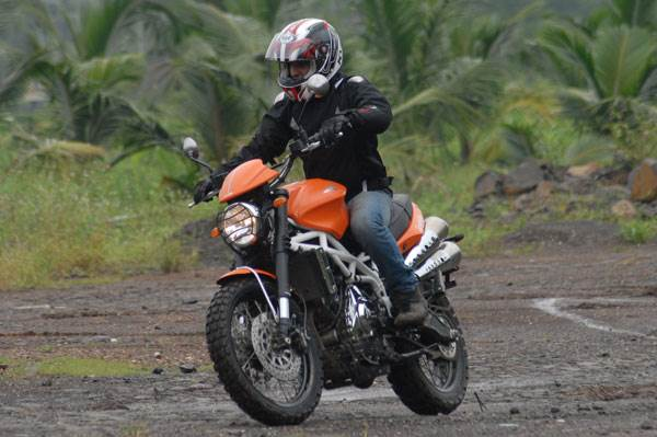 Moto Morini Scrambler review, test ride