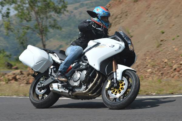 Benelli TNT600GT review, test ride