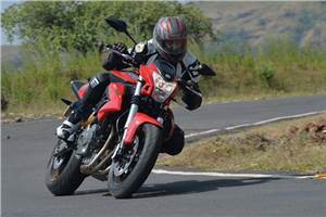 Benelli TNT600i review, test ride