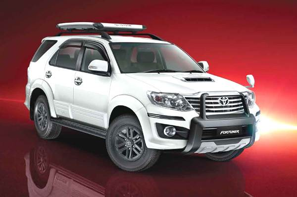 Toyota updates Fortuner, Innova line-up