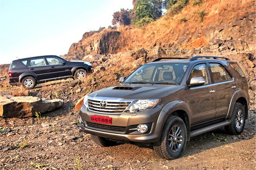 toyota fortuner 4wd auto vs ssangyong rexton comparison. Black Bedroom Furniture Sets. Home Design Ideas
