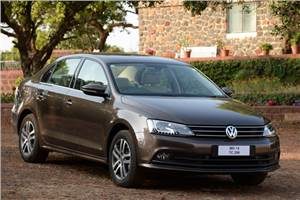 2015 Volkswagen Jetta facelift India review, test drive