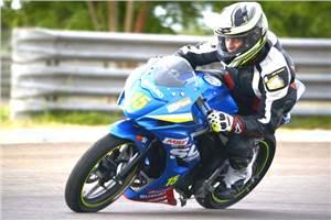 Suzuki Gixxer SF race bike review, test ride