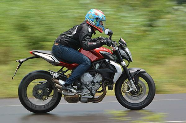 2015 MV Agusta Brutale 800 review, first ride
