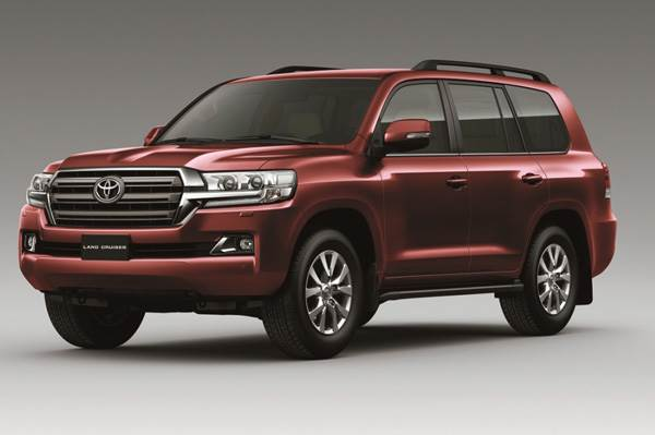 Toyota Land Cruiser 200 facelift launched at Rs 1.29 crore
