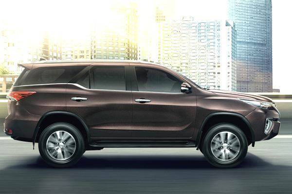 New Toyota Fortuner India Launch In 2017 Autocar India