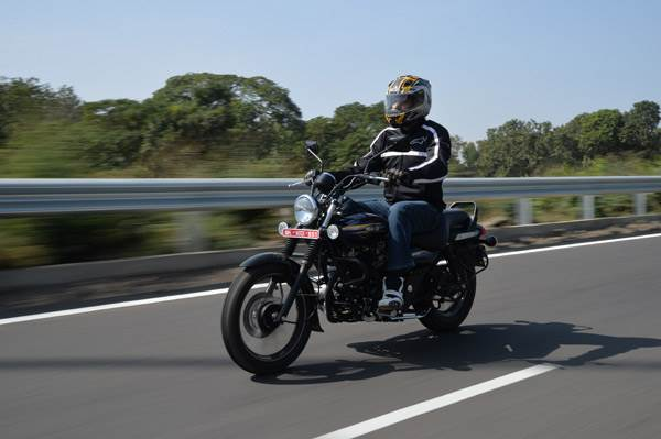 Bajaj Avenger 150 Street review, test ride