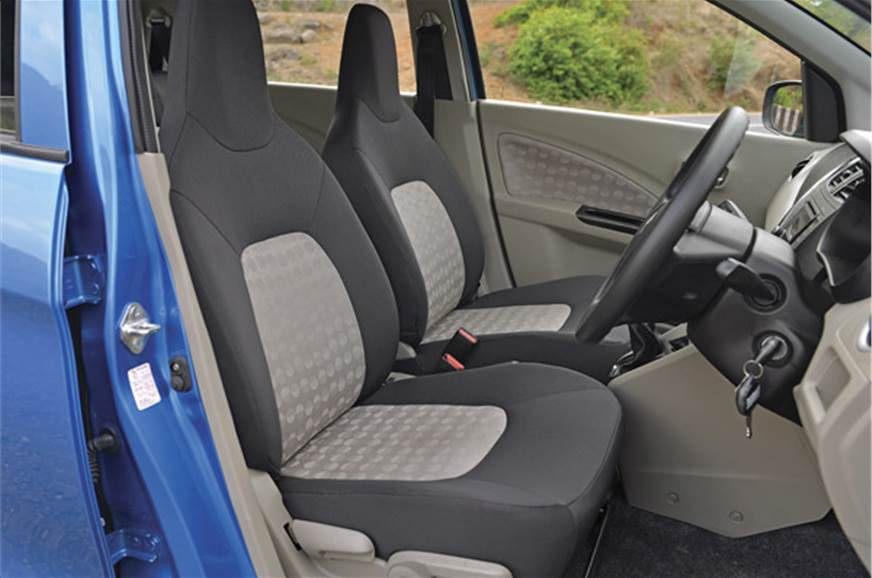 Front seats: One-piece seats provide  decent comfort.