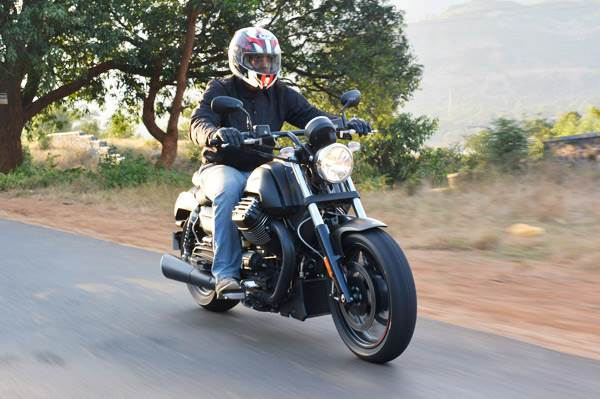 Moto Guzzi Audace review, test ride