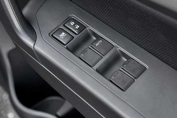 Maruti Vitara Brezza Vs Ford Ecosport Comparison Autocar