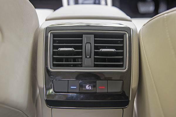 Bmw car rates in india 14