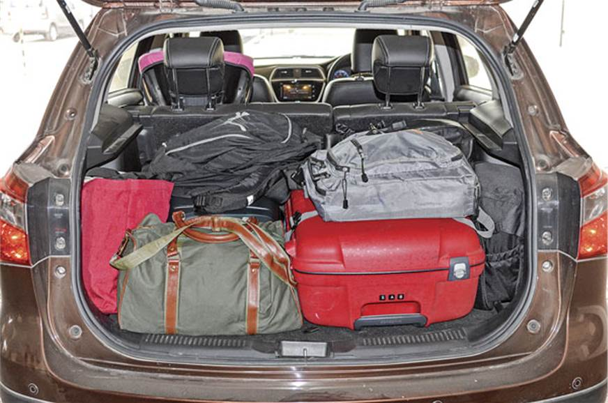 Large and very usable boot space easily fits in holiday l...