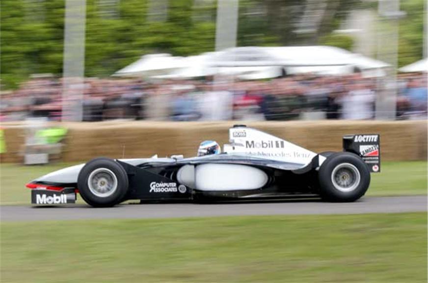 Mika Hakkinen's McLaren MP4/13 sounds even better than it...