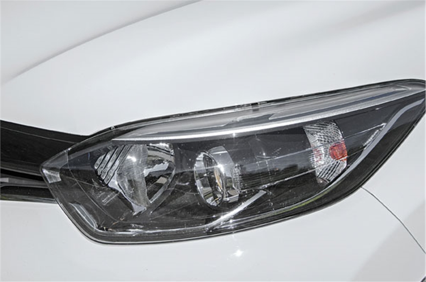 Headlights merge neatly with the mini grille.
