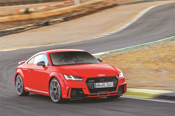2016 Audi TT RS review, test drive