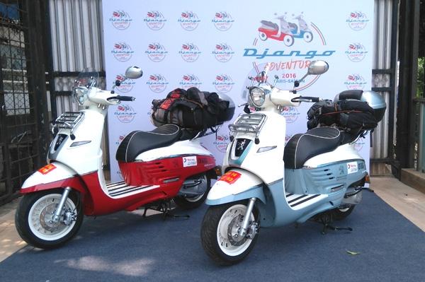 Paris to saigon on a couple of peugeot scooters autocar for Garage scooter peugeot paris