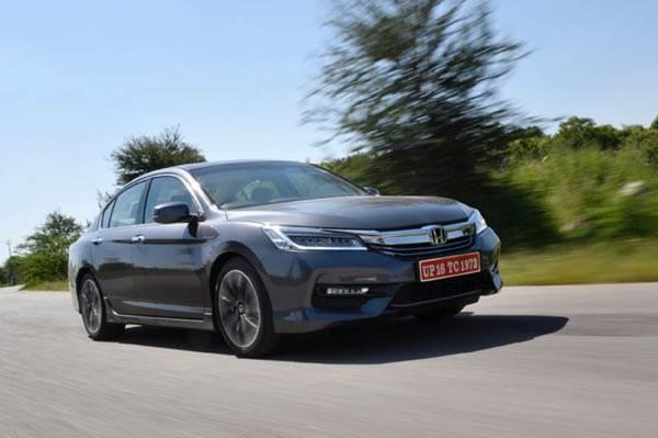 2016 Honda Accord Hybrid review, test drive