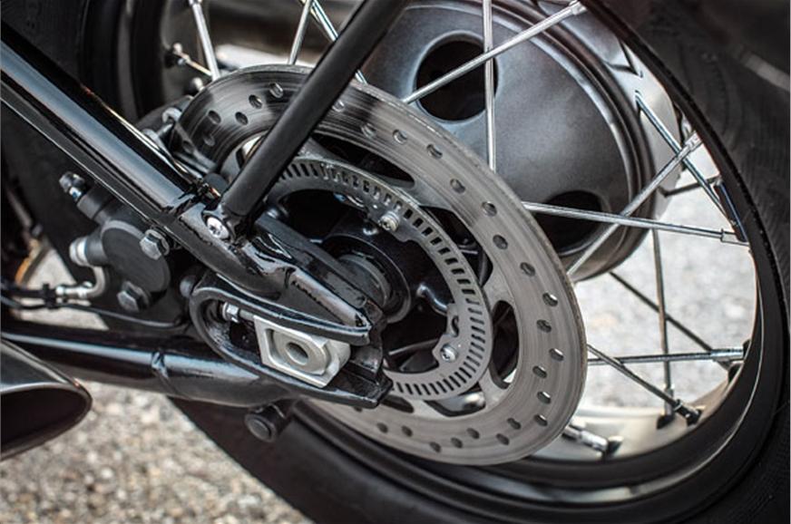 Rear hub resembles drum brake.